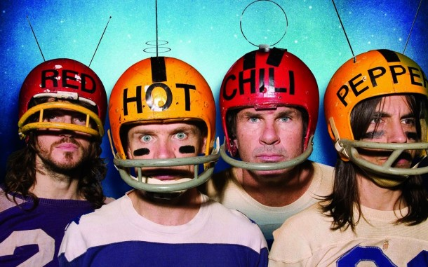 "Escucha ""Dark Necessities"" de RED HOT CHILI PEPPERS"