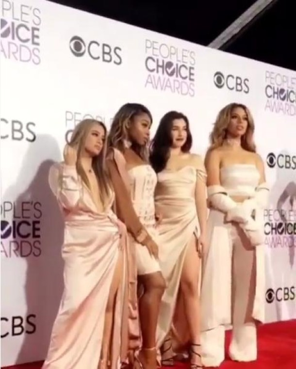 Fifth Harmony se presentaron en los People's Choice Awards